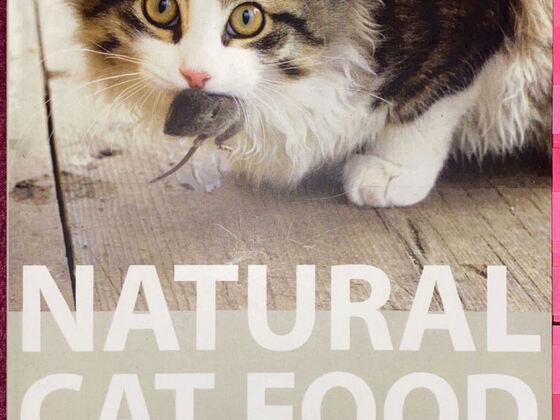 Natural Cat Food (Susanne Reinerth)